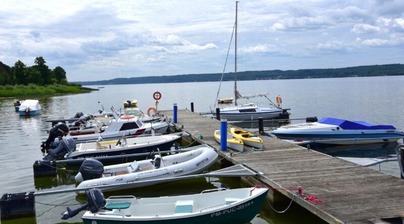 Internetowa rezerwacja miejsca postojowego na Jeziorze Żarnowieckim